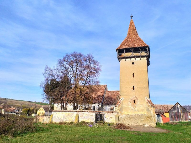Ormenis-Irmesch Fortified Church – off season treats