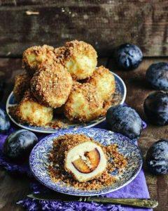 Plum Dumplings - Gomboti cu prune - Transylvanian cake 1