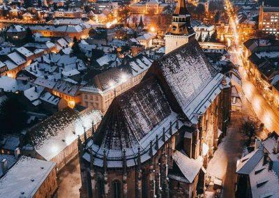 Night image of Black Church in Brasov